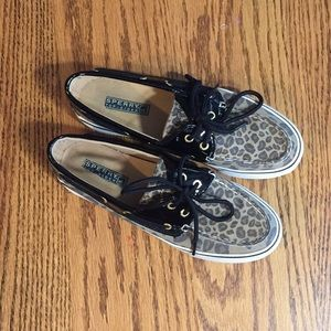 Leopard print Sperry
